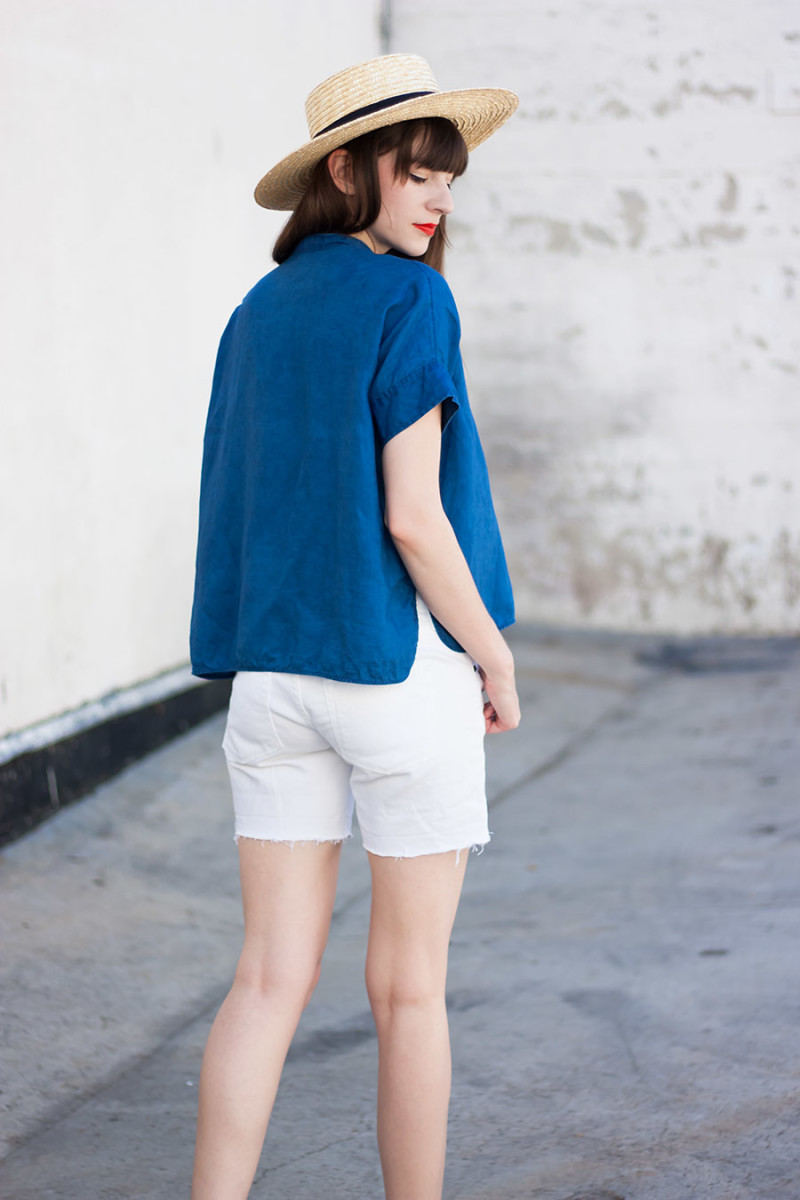 Los Angeles Blogger wearing Everlane Linen Shirt