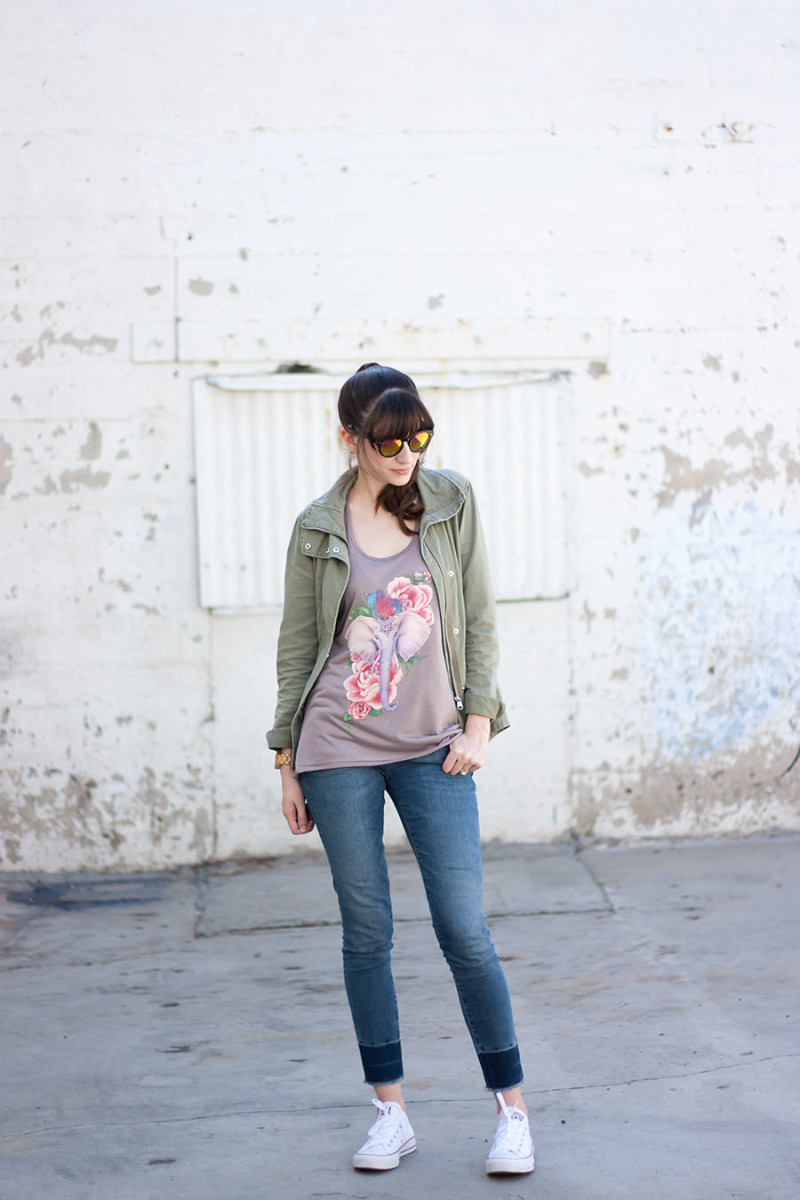 Casual summer outfit with converse sneakers