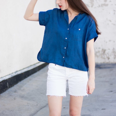 Style Blogger wearing Everlane Linen Square Shirt