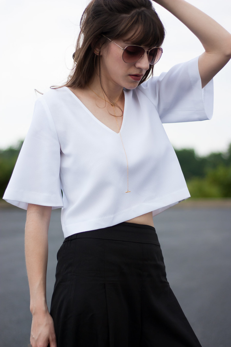 White Cropped Top, Vetta Capsule, Minimalist Outfit