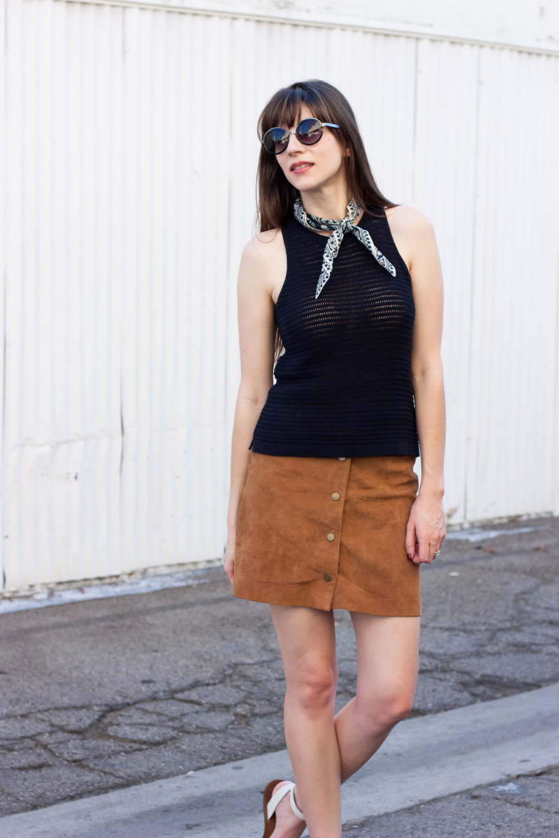 Jeans and a Teacup fashion blogger wearing button front suede skirt and madewell knit tank