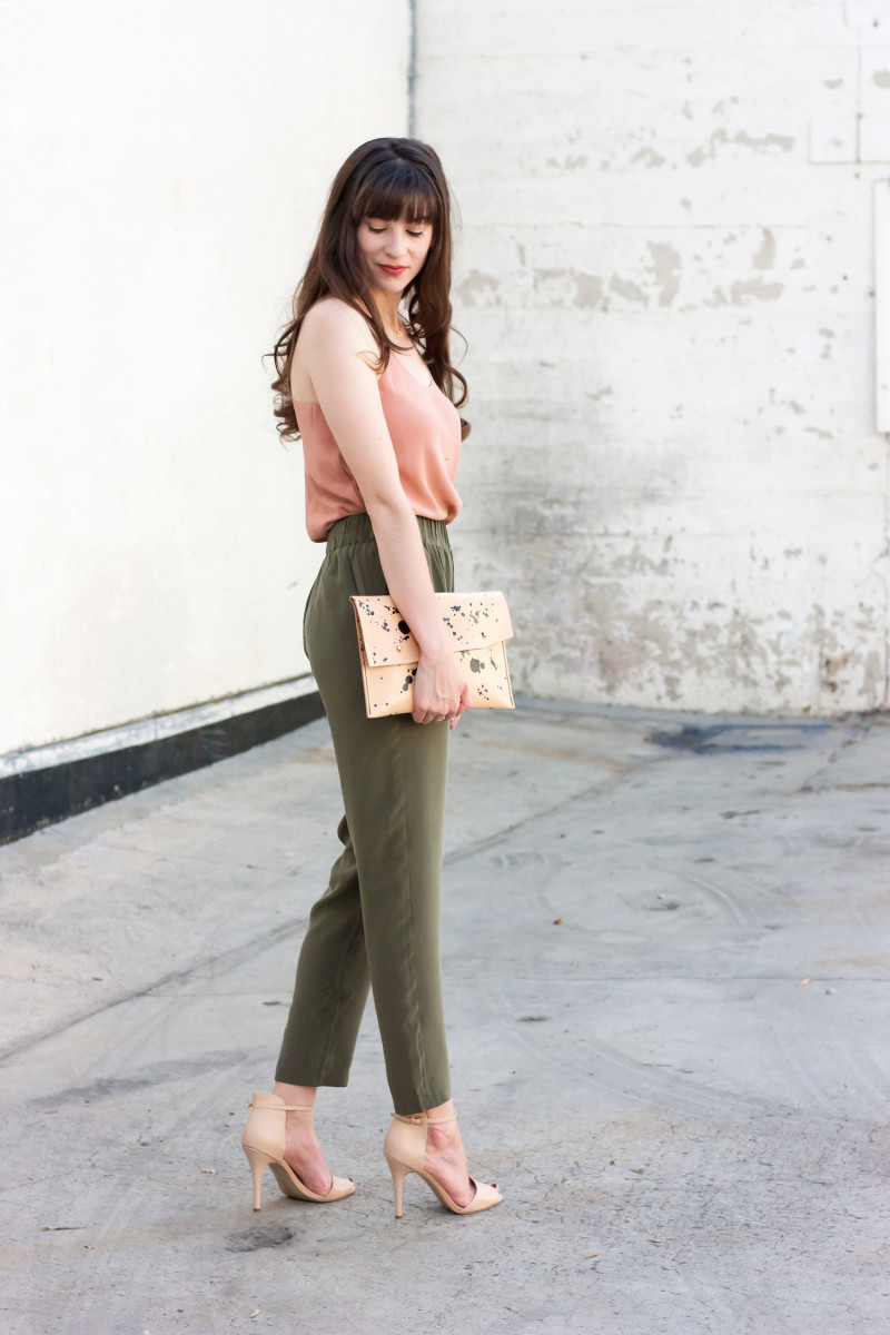 Los Angeles Fashion Blogger wearing Grana Silk Outfit