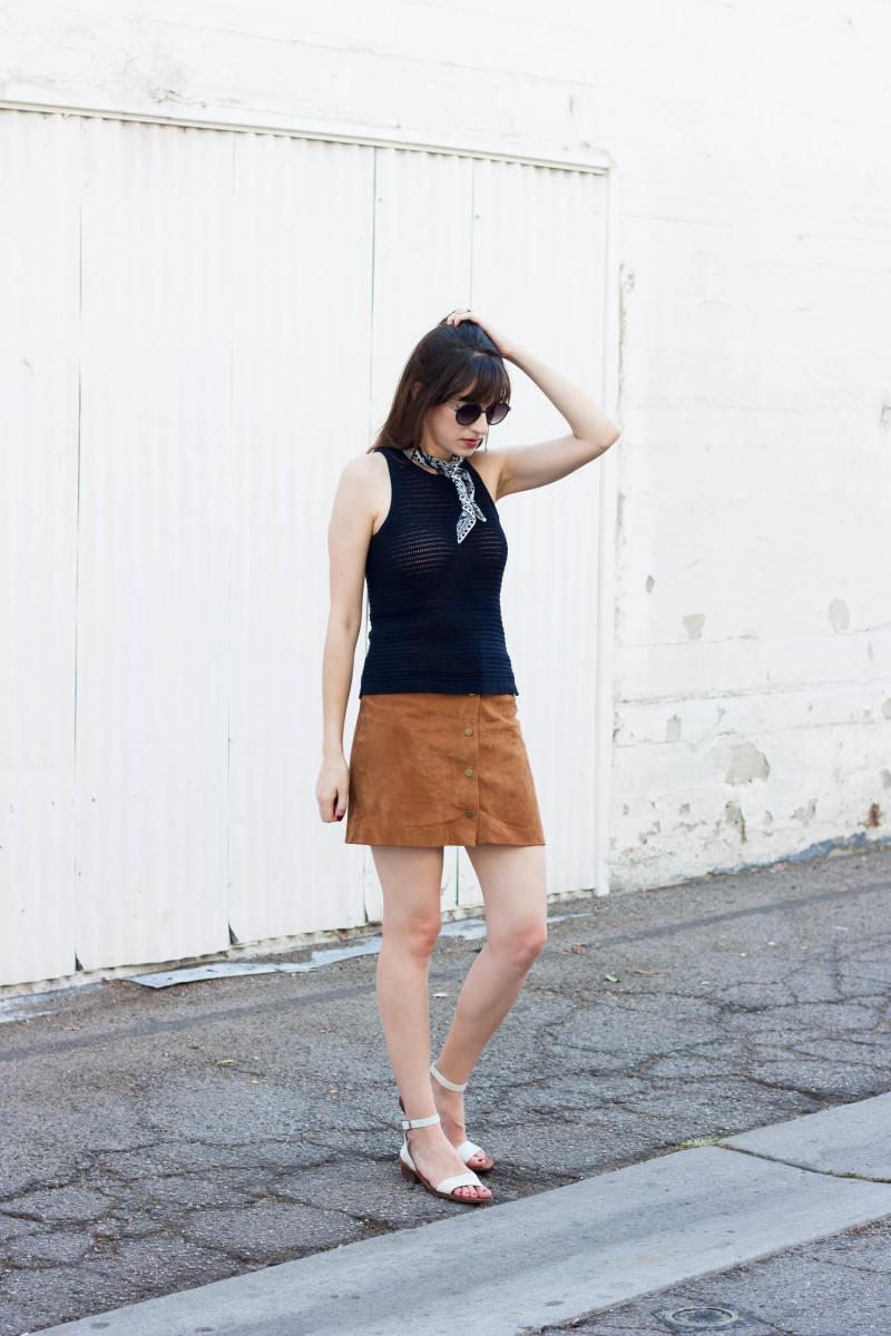 Minimalist Style Blogger wearing a suede skirt, navy knit tank and madewell scarf