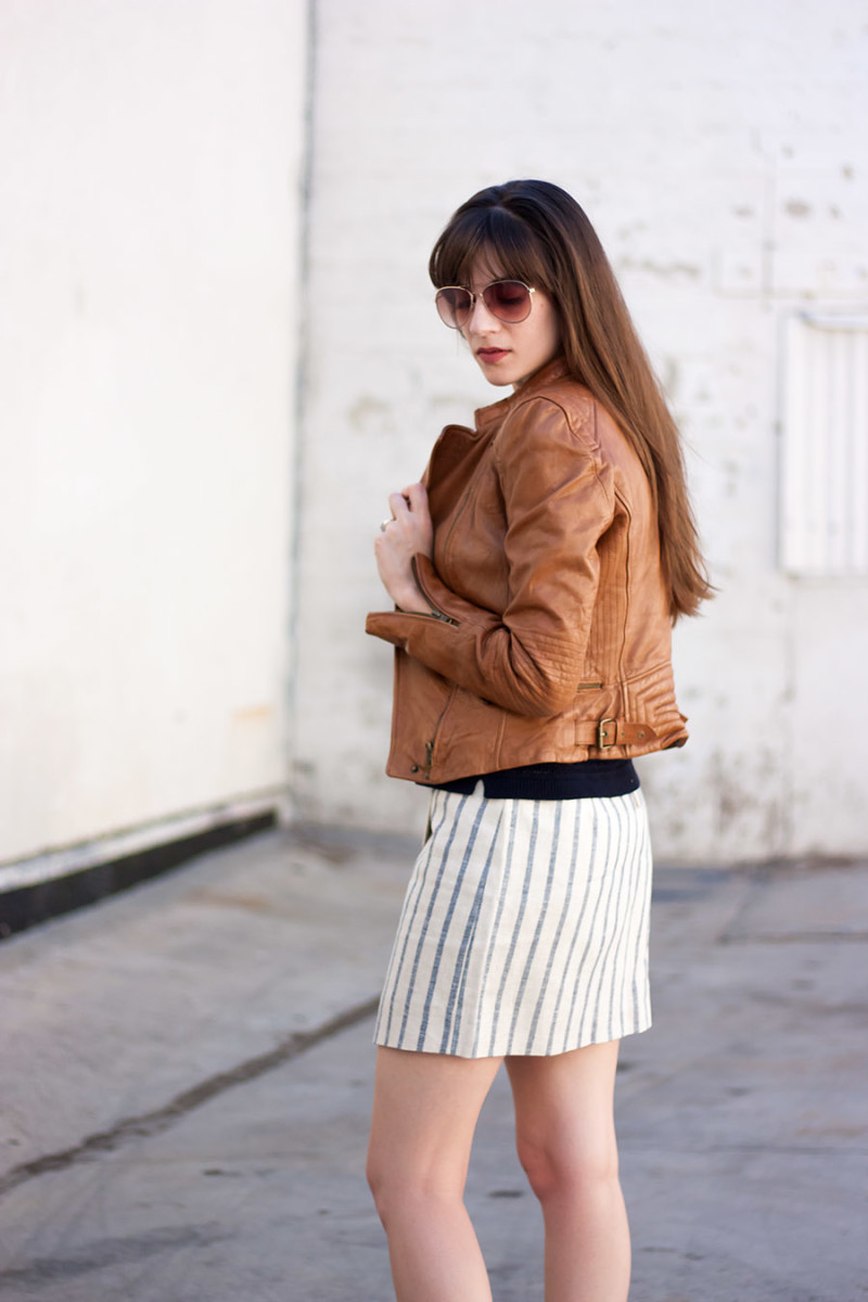 Los Angeles Fashion Blogger Jeans and a Teacup wearing a Linen wrap skirt and leather jacket