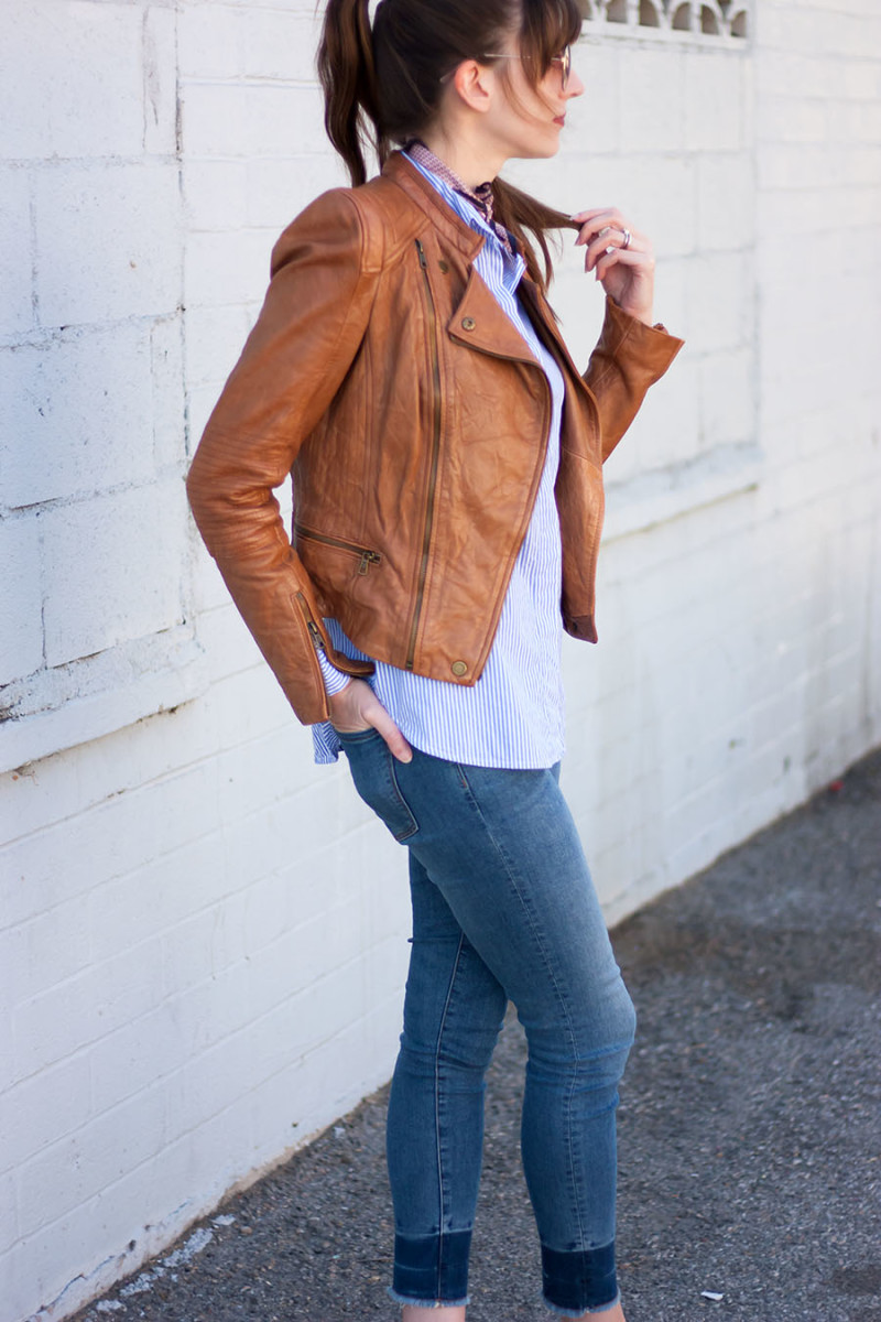 Los Angeles fashion blogger styling a cognac leather jacket