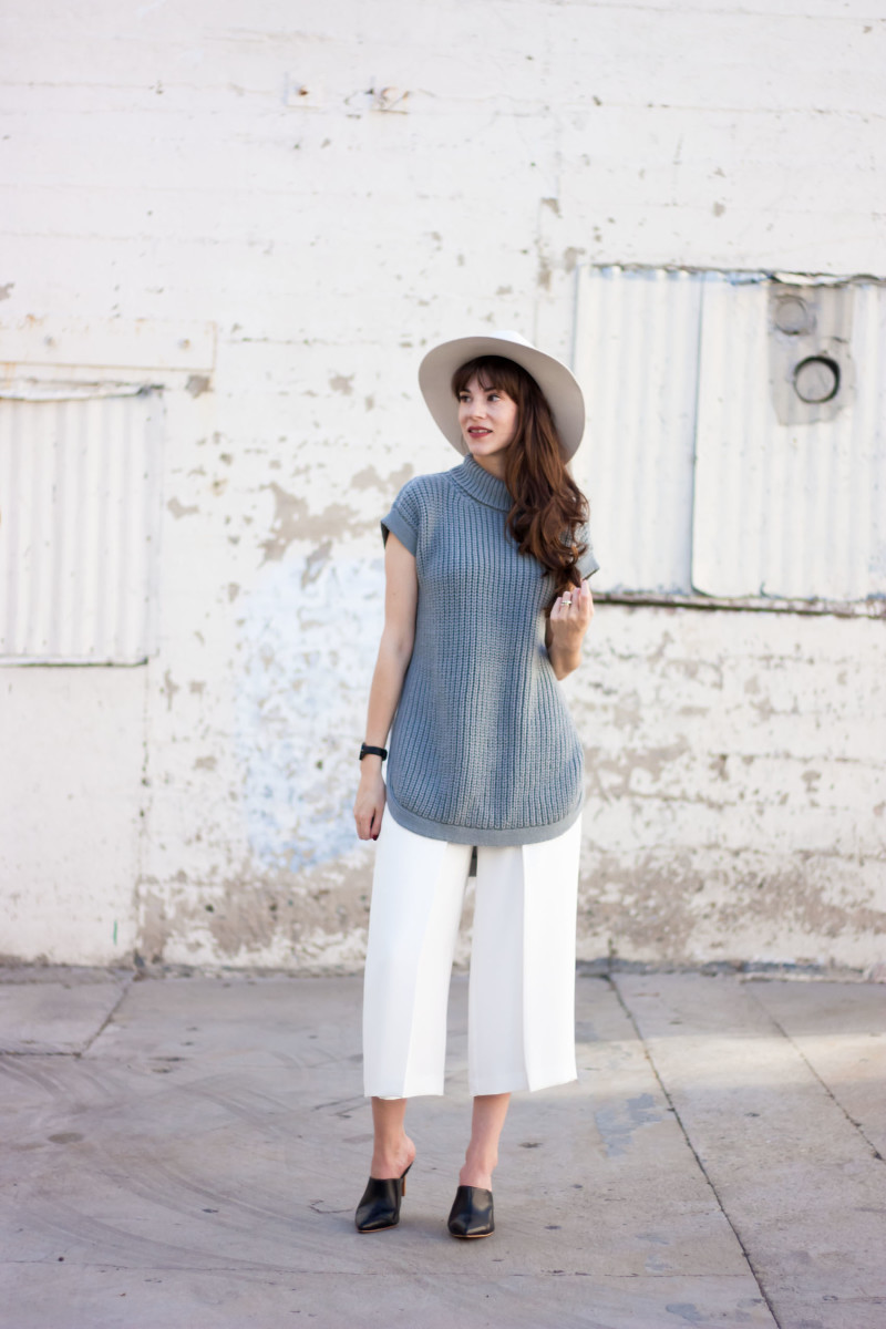 Jeans and a Teacup wearing oversized knit sweater and white culottes