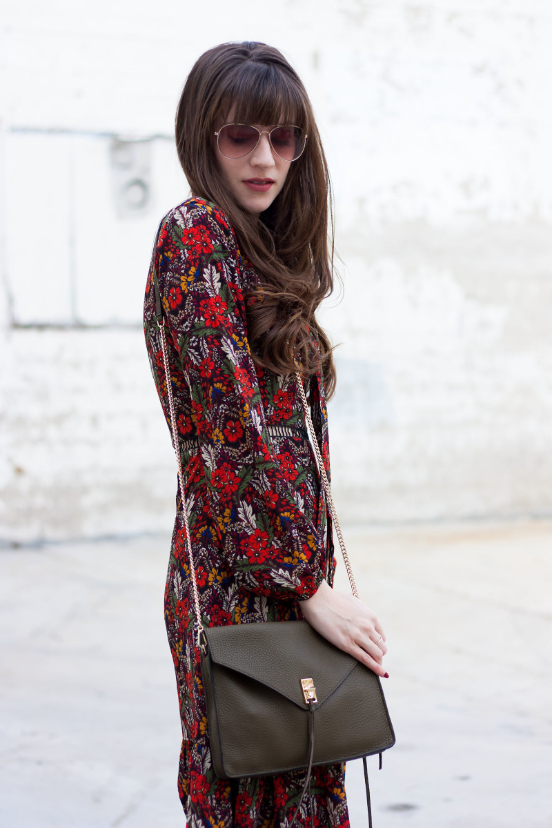 Los Angeles Style Blogger wearing a fall floral dress with long sleeves and olive crossbody bag