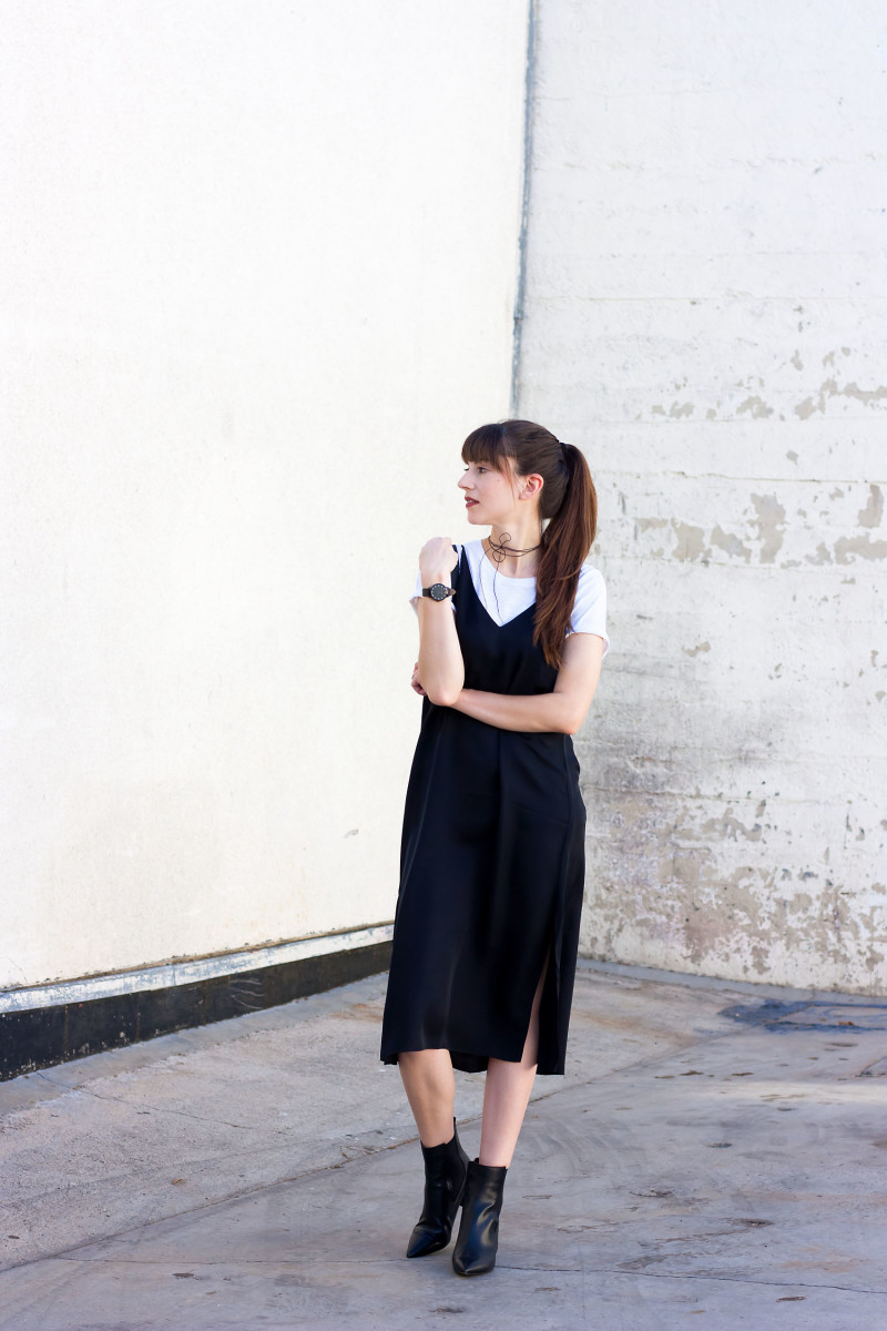 Style Blogger wearing black slip dress and white tee