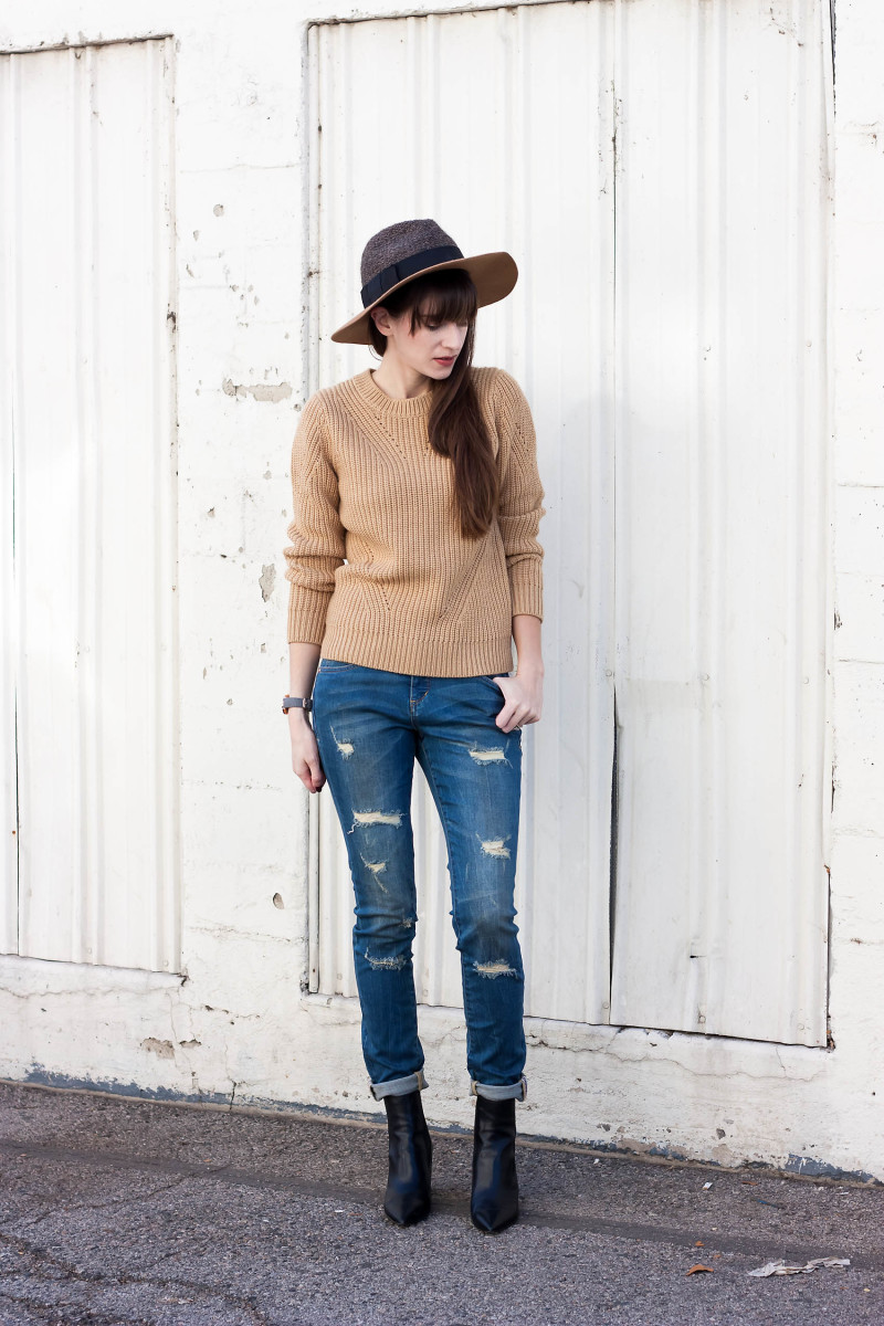 Jeans and a Teacup Style Blogger wearing JAG Distressed Skinny Jeans