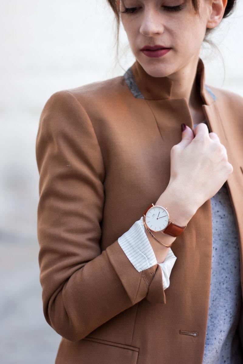 Los Angeles Style Blogger wearing a Daniel Wellington Watch