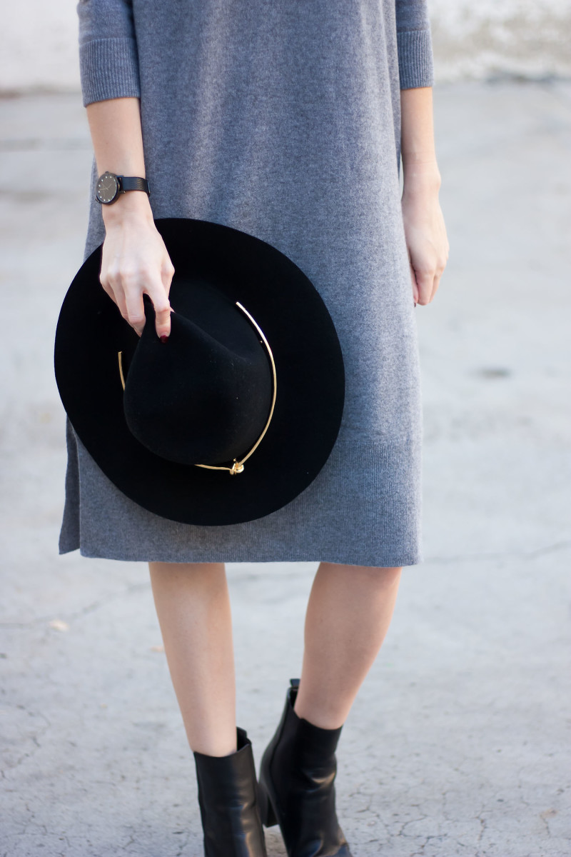 Style Blogger wearing a Kin K black fedora and grey midi dress