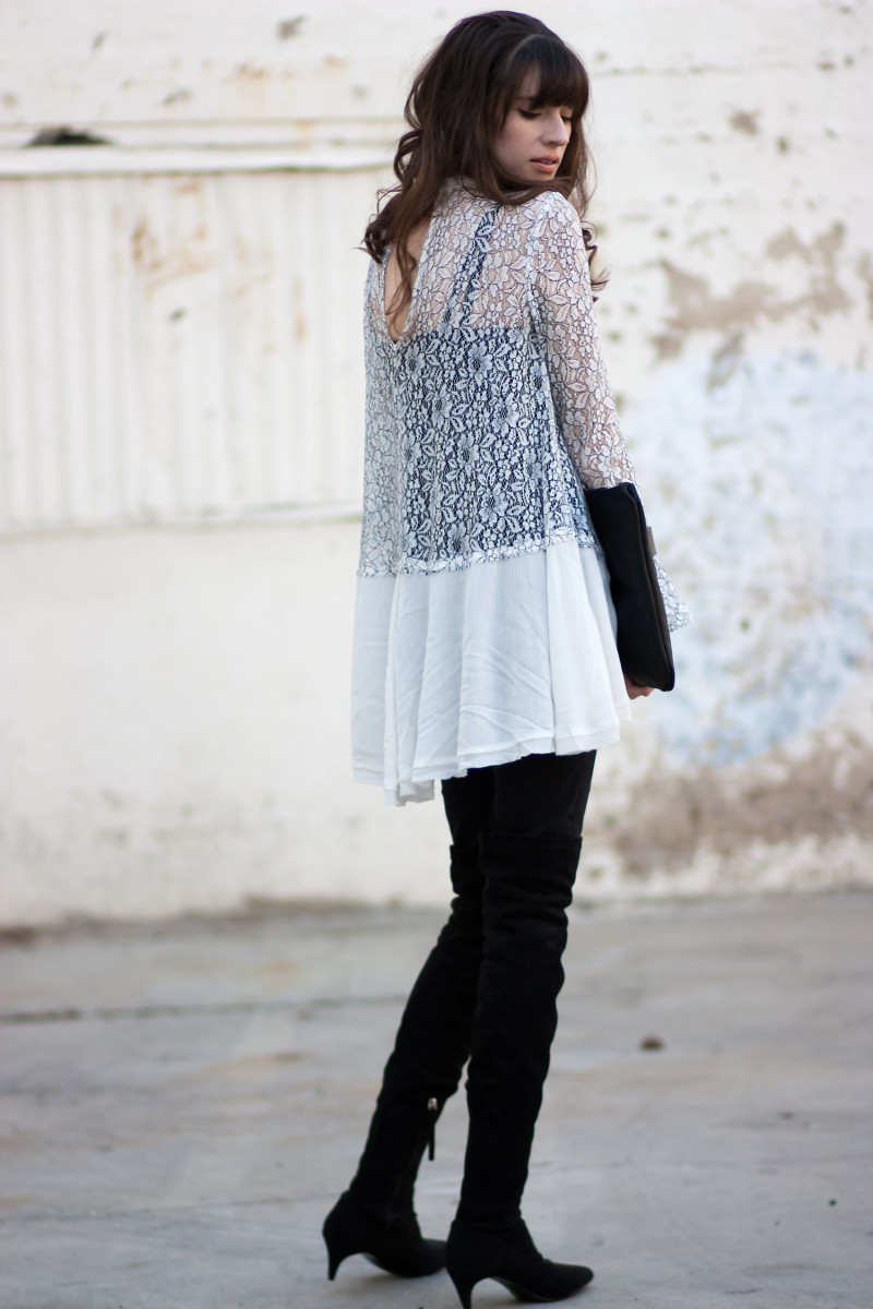 Los Angeles Style Blogger, Jeans and a Teacup, wearing a lace tunic