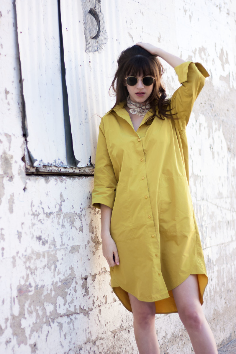 ACHRO oversized shirtdress on a Los Angeles fashion blogger