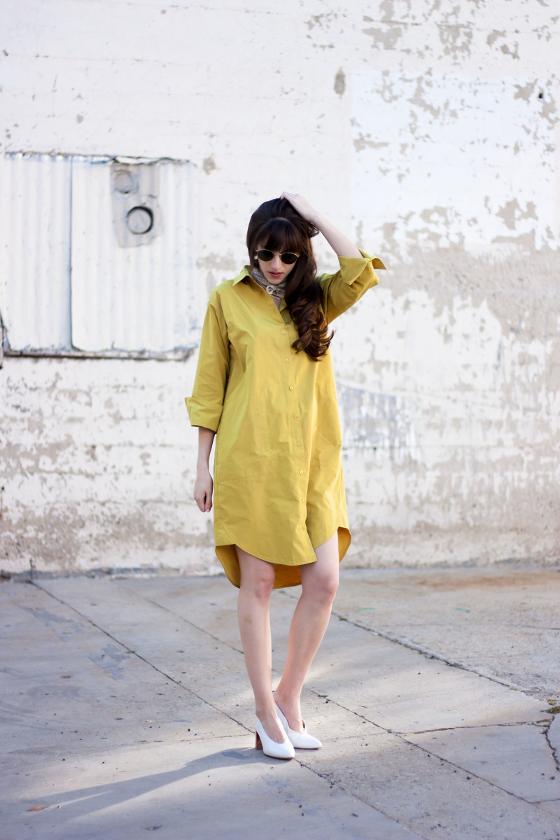 Los Angeles Fashion Blogger wearing and Achro Minimalist Shirt Dress
