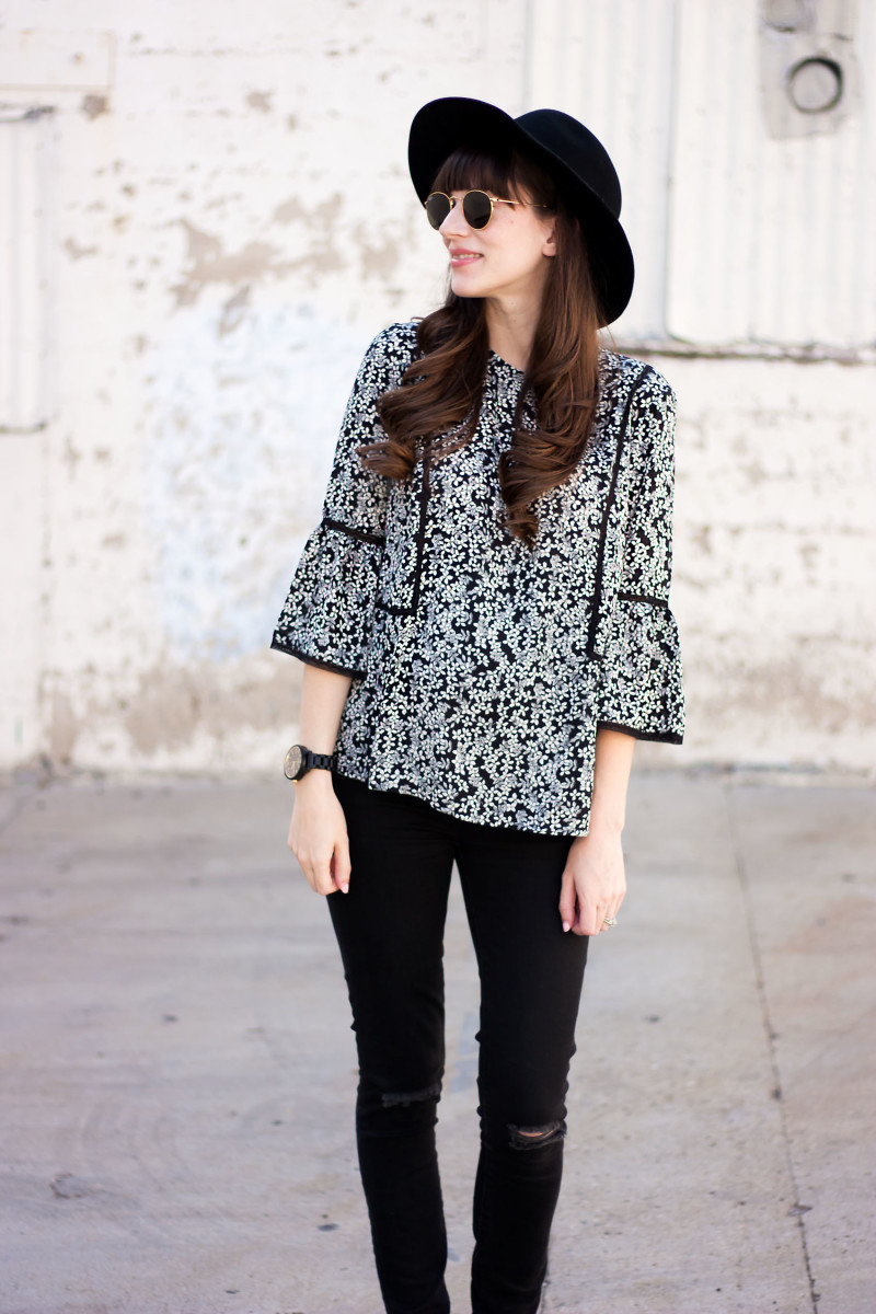 Los Angeles Style Blogger wearing Who What Wear Floral blouse while pregnant