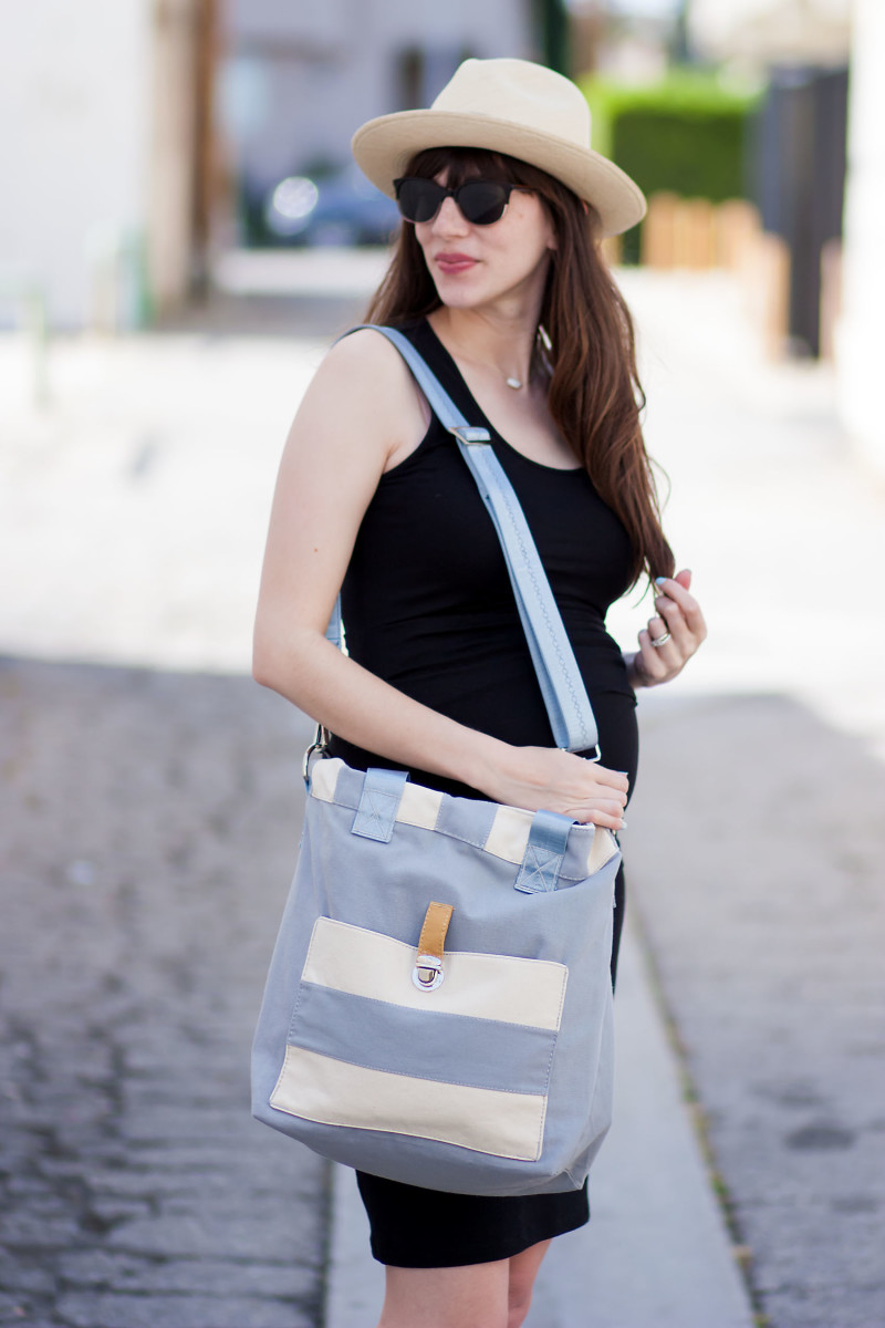 Pregnant Los Angeles Fashion Blogger with Handmade Diaper Bag