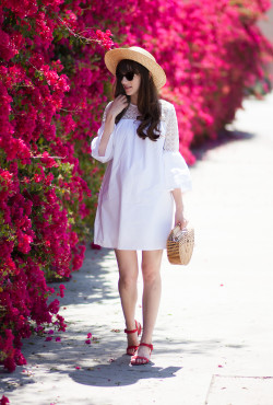 Los Angeles Fashion Blogger wearing a white eyelet dress from the Who What Wear Target Collection