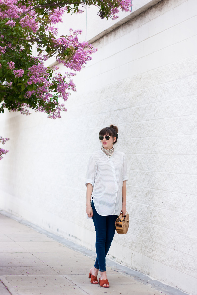 Pregnant fashion blogger wearing H&M tunic and Madewell mules