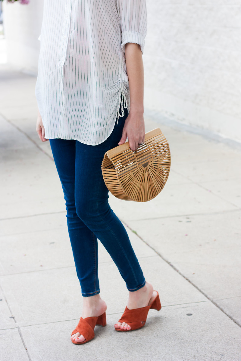 Minimalist Style Blogger wearing Madewell suede mules and Cult Gaia Bamboo Clutch