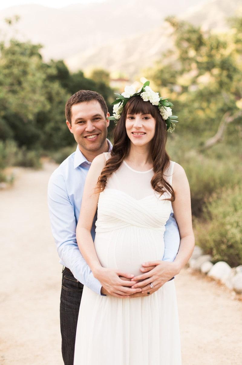 California Couple Maternity Photo Shoot at Eaton Canyon