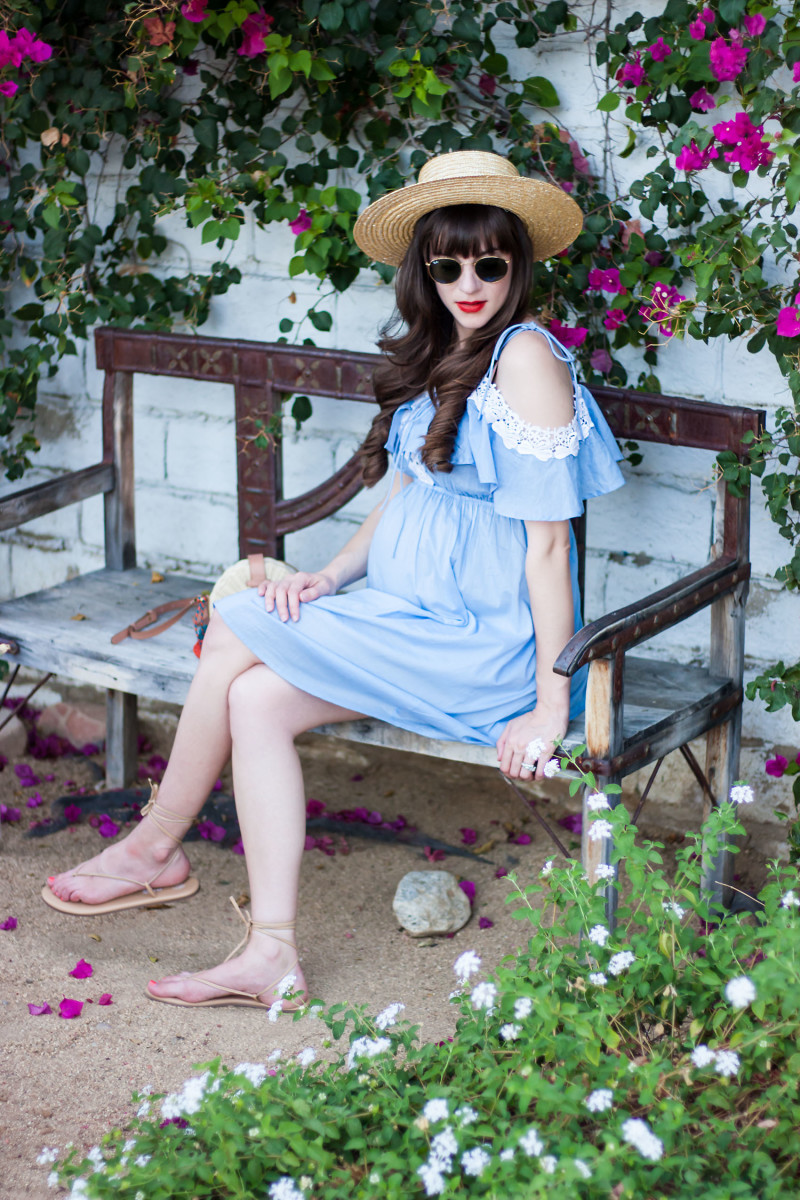 Pregnant Fashion Blogger wearing a crochet chambray dress