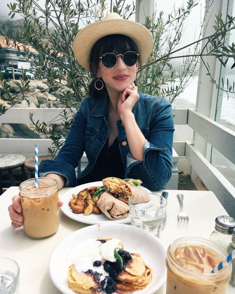 Fashion Blogger at Malibu Farm Restaurant