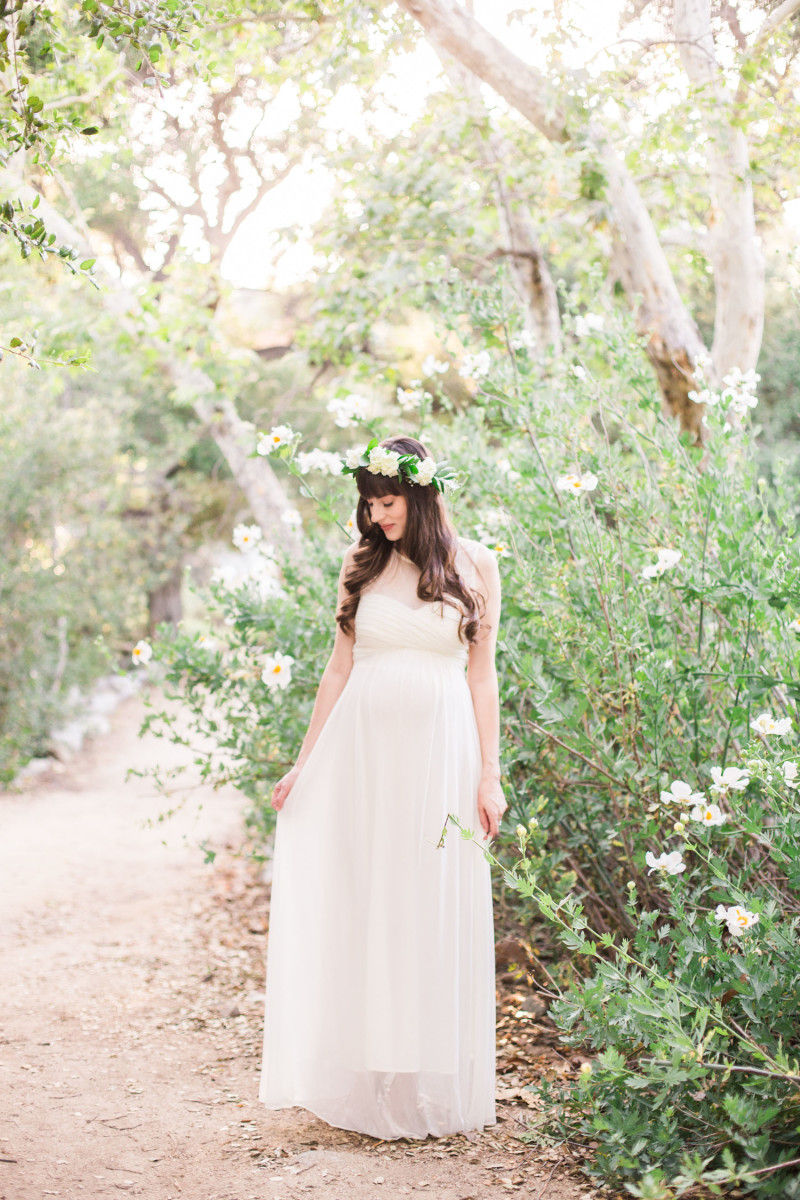 Pregnant Fashion Blogger wearing Pink Blush Maternity Dress