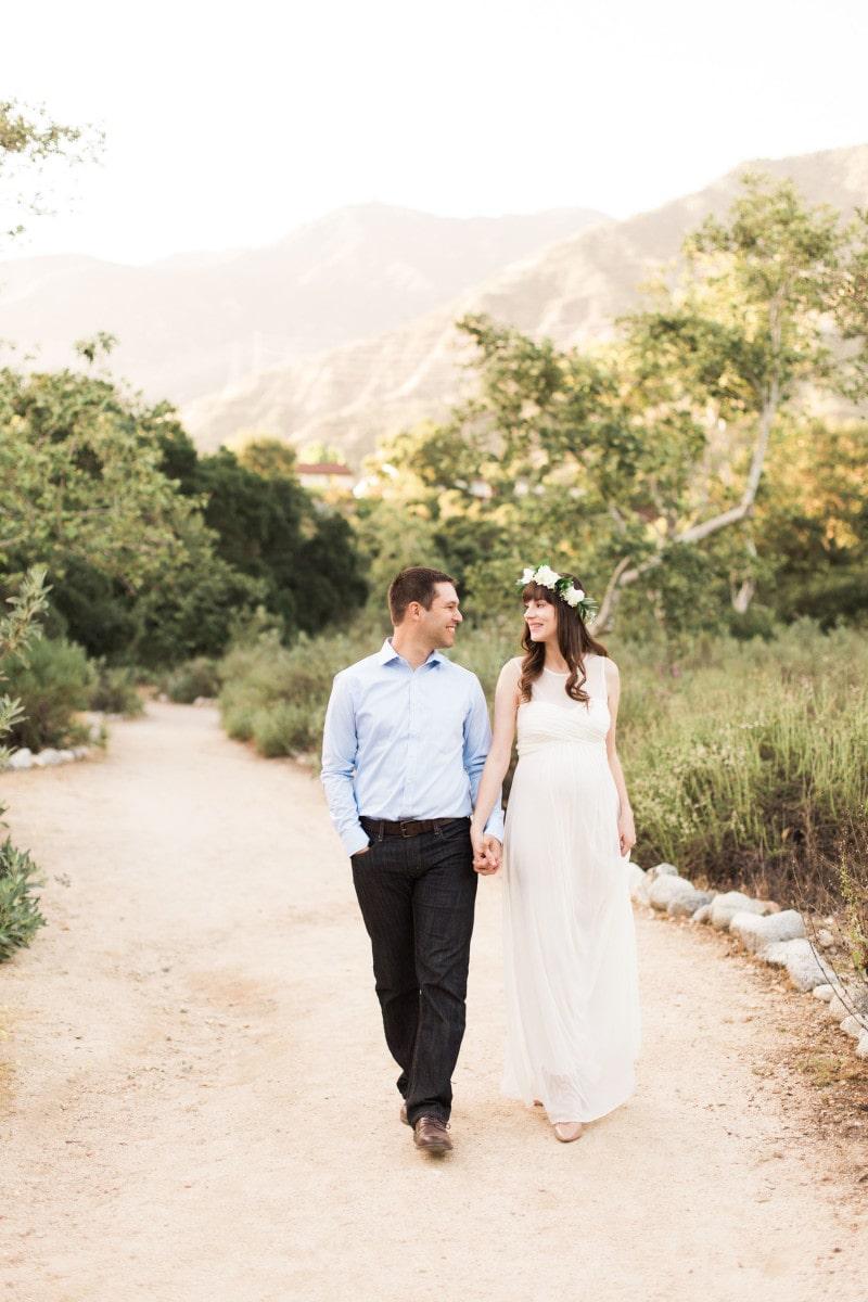California Couple in Pasadena Maternity Photo Shoot