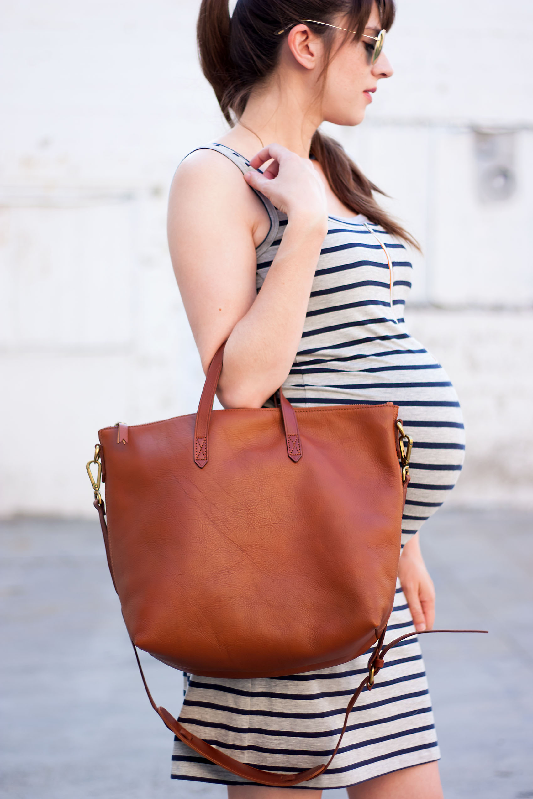 Pregnant Fashion Blogger with Madewell Transport Tote
