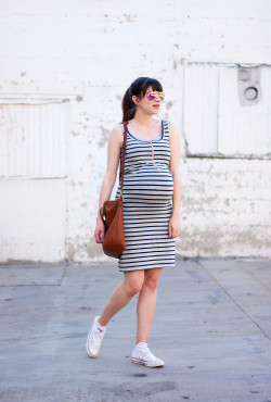 Pregnant Style Blogger wearing Molly Ades Maternity Dress