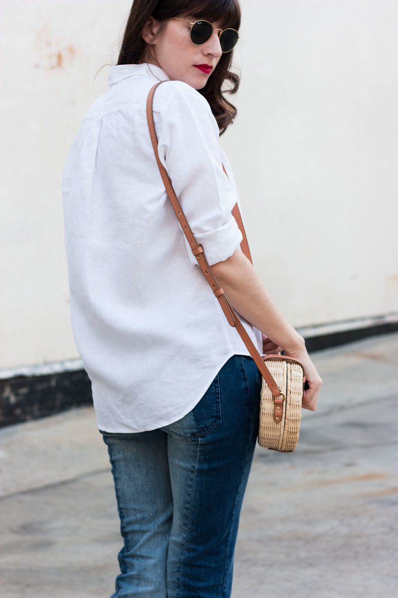 Los Angeles Minimalist Fashion Blogger wearing Everlane Shirt