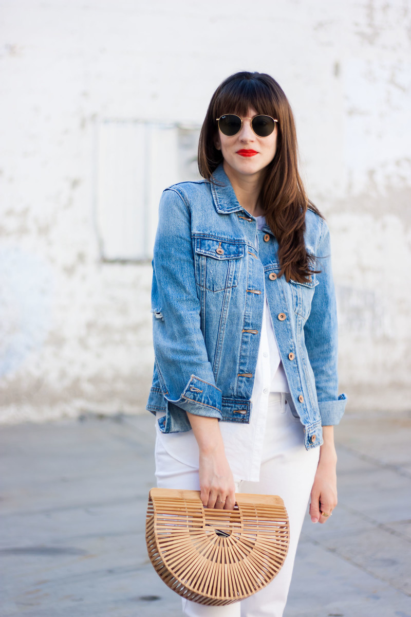 Los Angeles Style Blogger wearing Old Navy denim