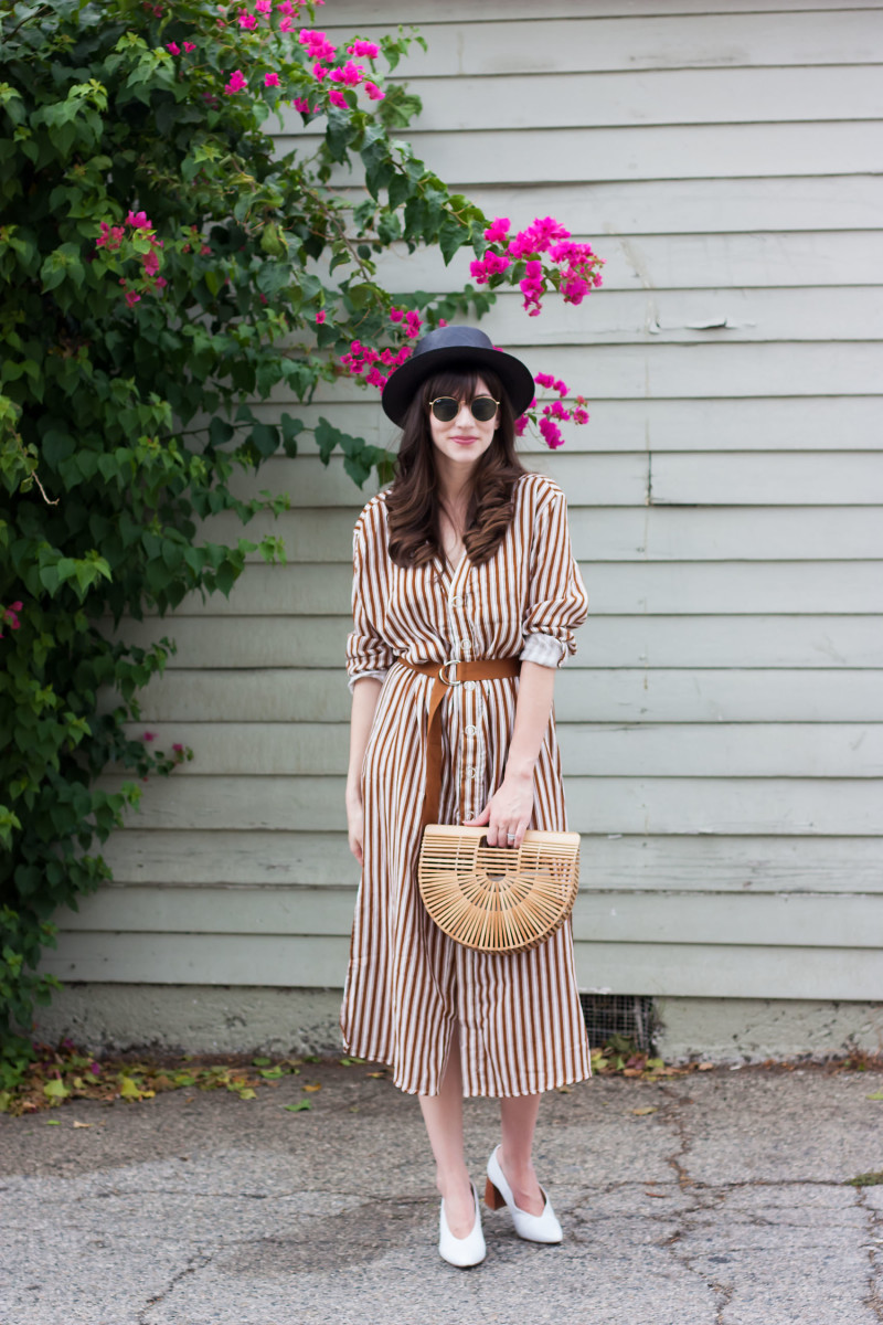 Los Angeles Fashion Blogger wearing a vintage inspired outfit