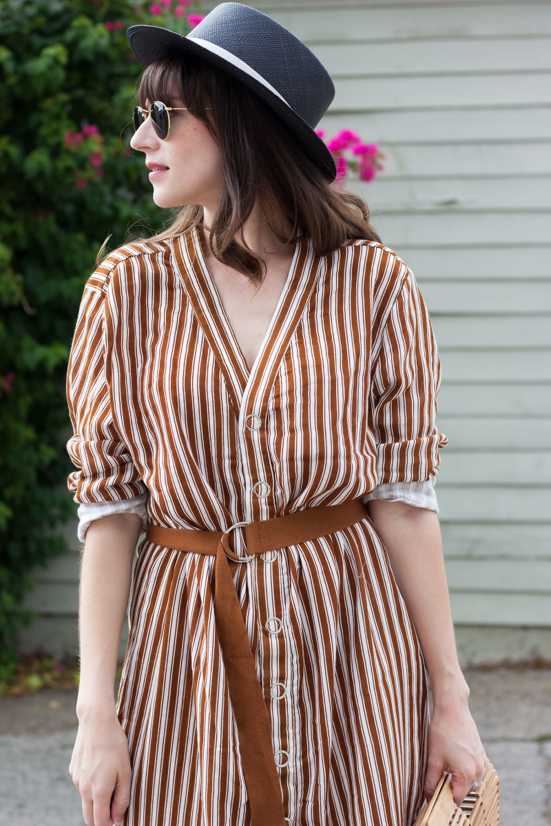 Jeans and a Teacup blogger wearing tie waist striped midi dress