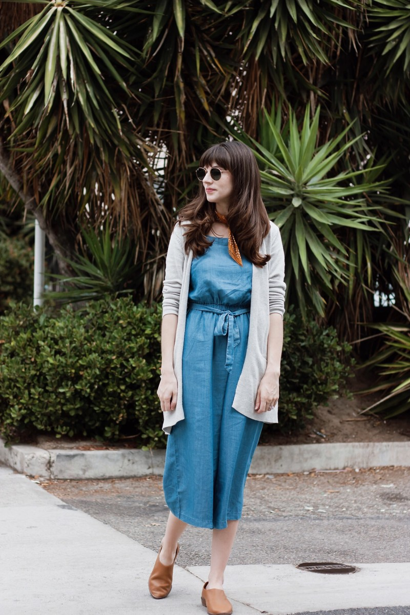 Los Angeles Style Blogger styling a summer jumpsuit for fall