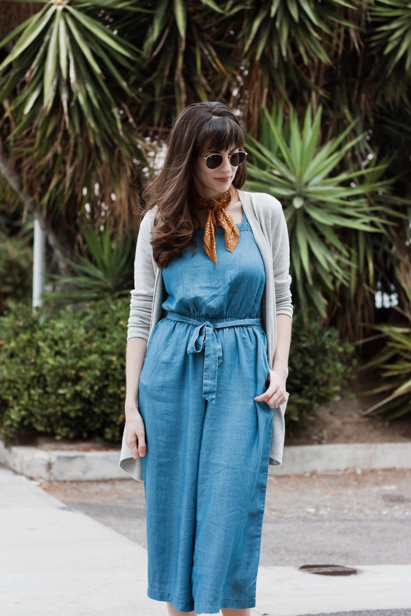 California Style Blogger wearing Old Navy Outfit