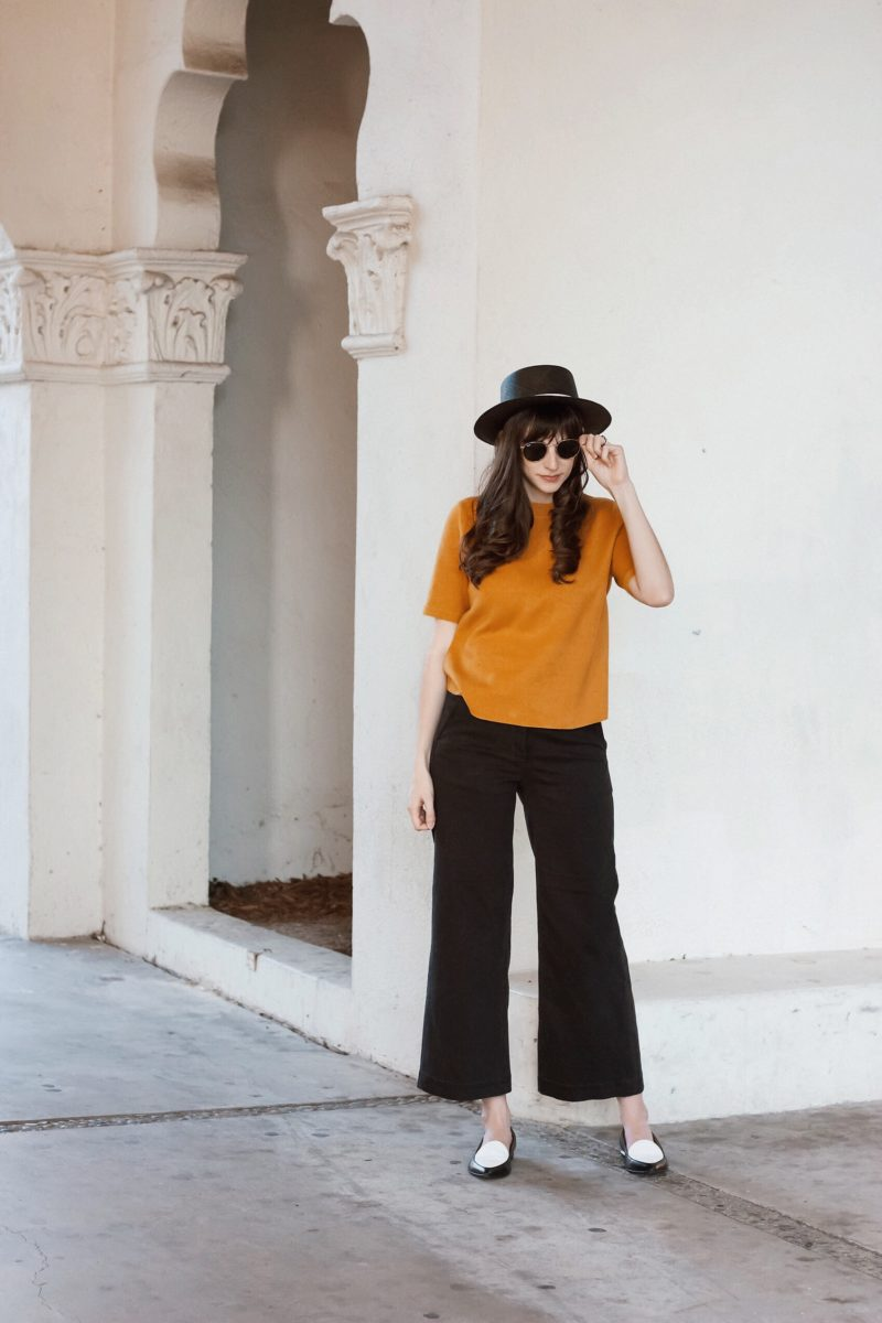 Los Angles Blogger at Brand Library wearing Everlane