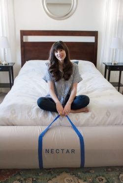 Los Angeles Blogger reviewing NECTAR memory foam mattress