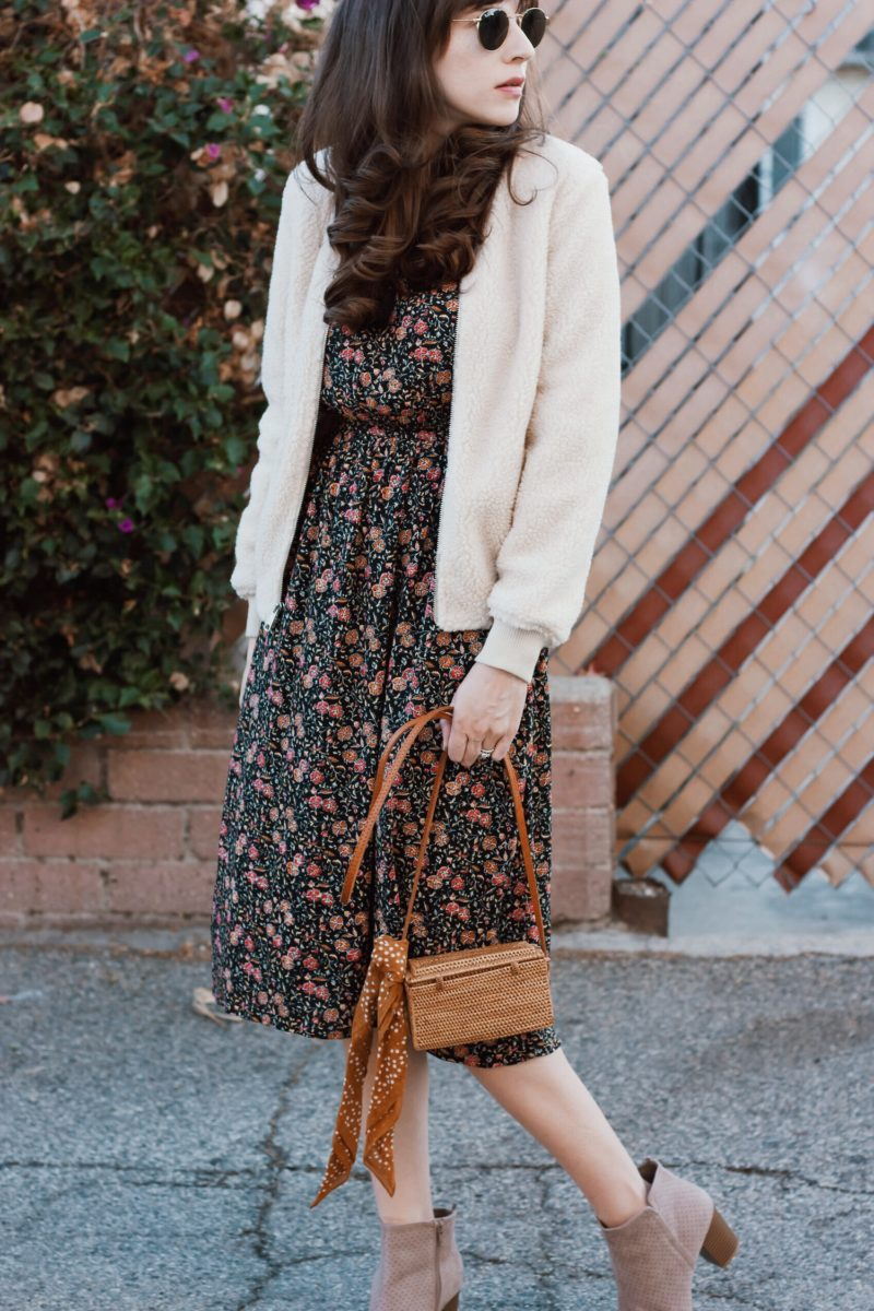 California Fashion Blogger wearing Old Navy Style outfit