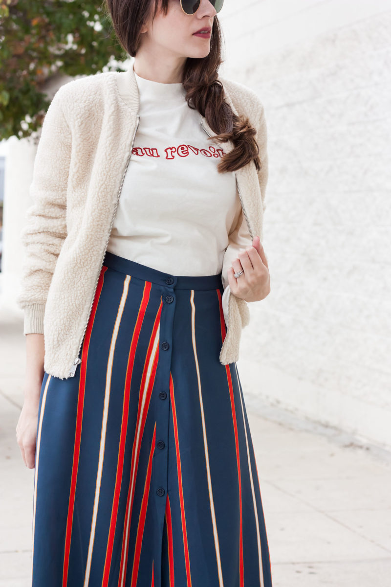 California style blogger wearing Madewell Au Revoir tee and sherpa bomber