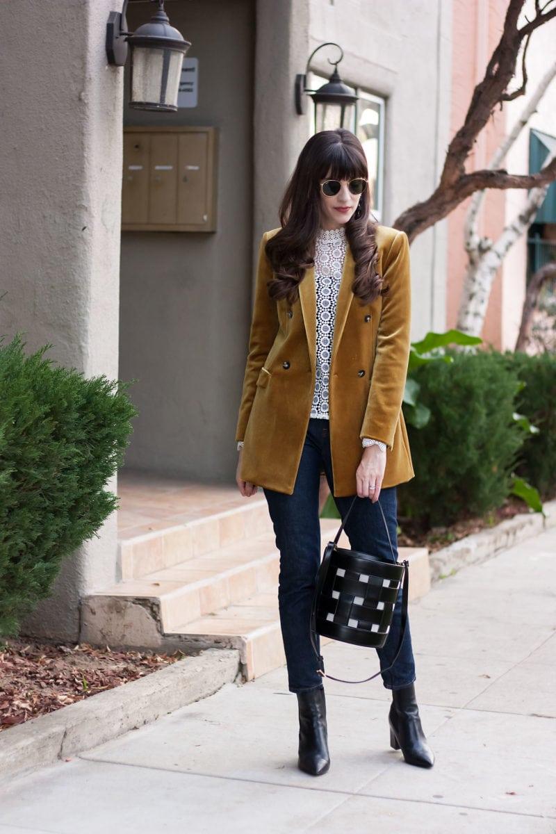 Los Angeles Blogger wearing Topshop Gold Velvet Blazer