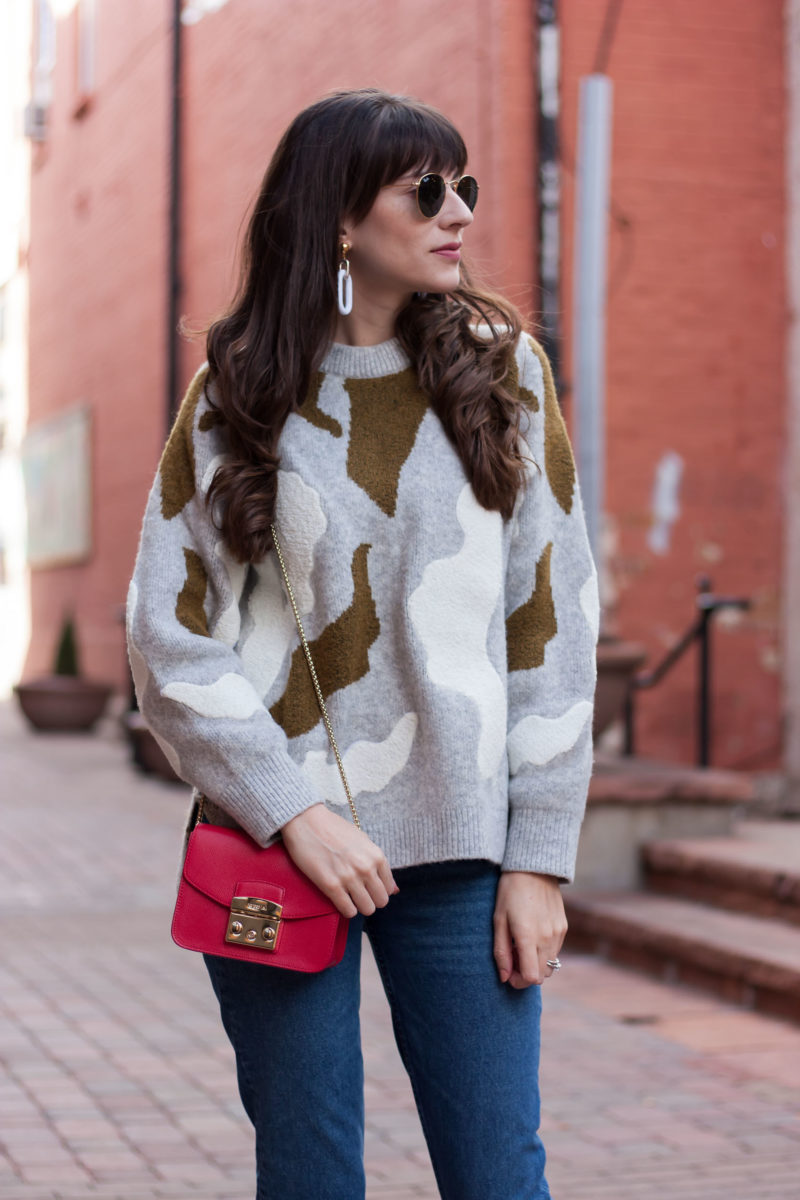 Jeans and a Teacup wearing H&M Applique sweater and Furla bag