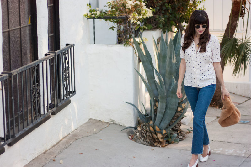 Style Blogger wearing Reformation jeans in Silverlake