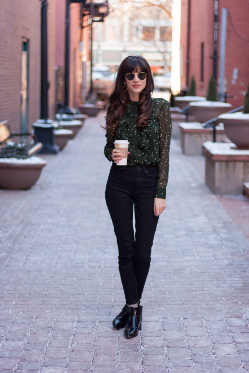 Los Angeles Blogger wearing H&M dot blouse and Everlane Skinny Jeans