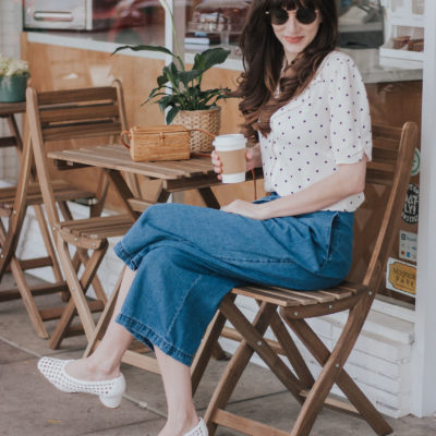Los Angeles Blogger at the Palm Coffee Bar in Burbank