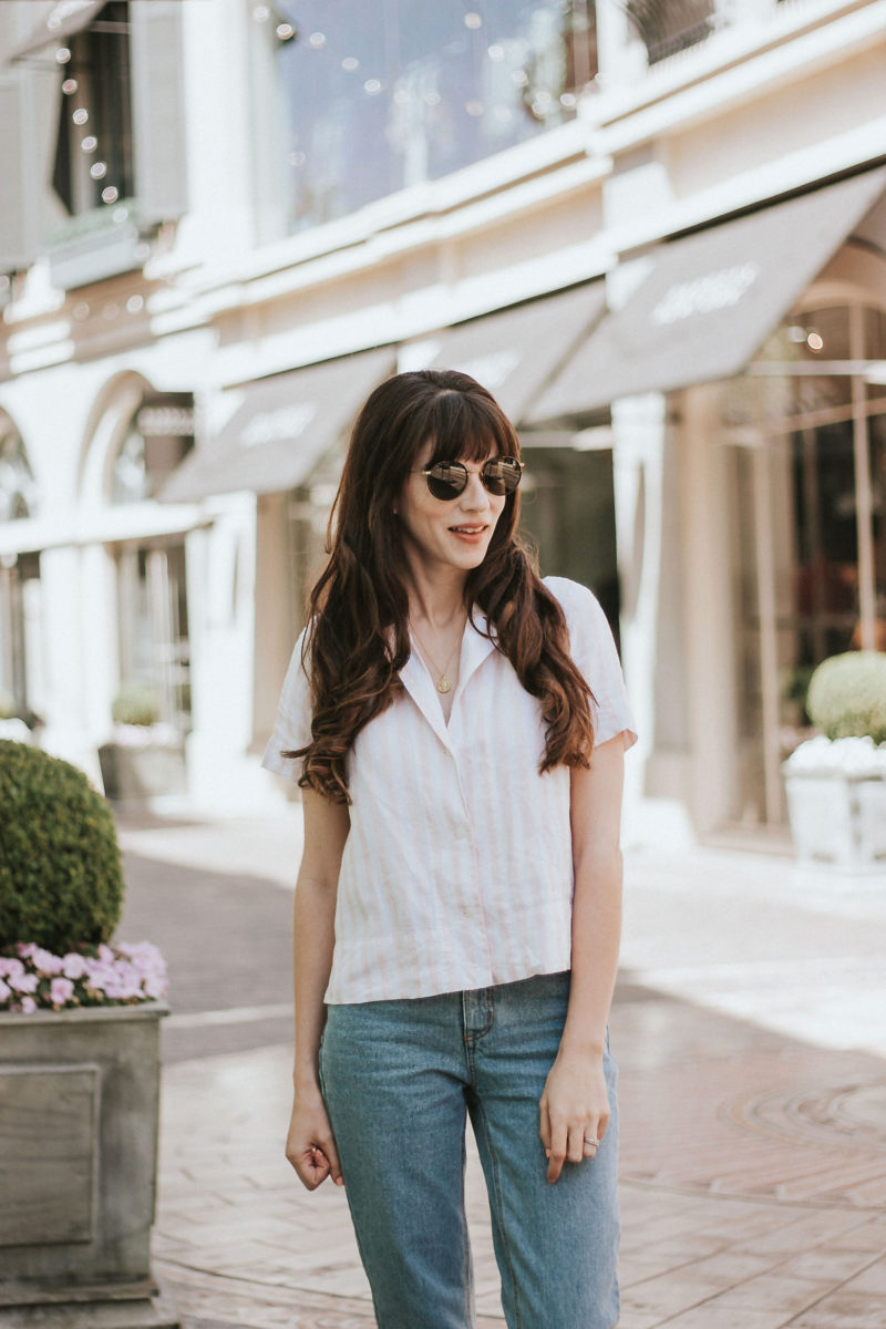 Los Angeles Fashion Blogger at The Grove wearing Everlane Linen Shirt and Diff Sunglasses