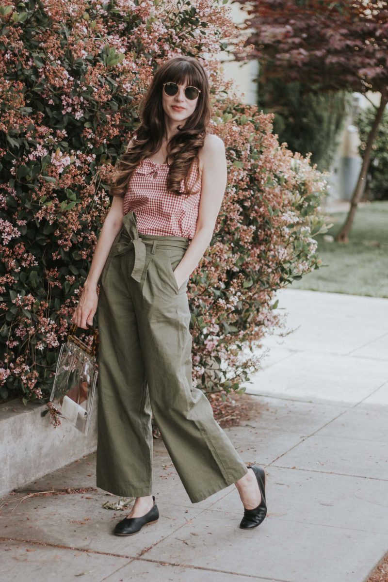 Comfortable Leather Flats by Everlane on Los Angeles Blogger