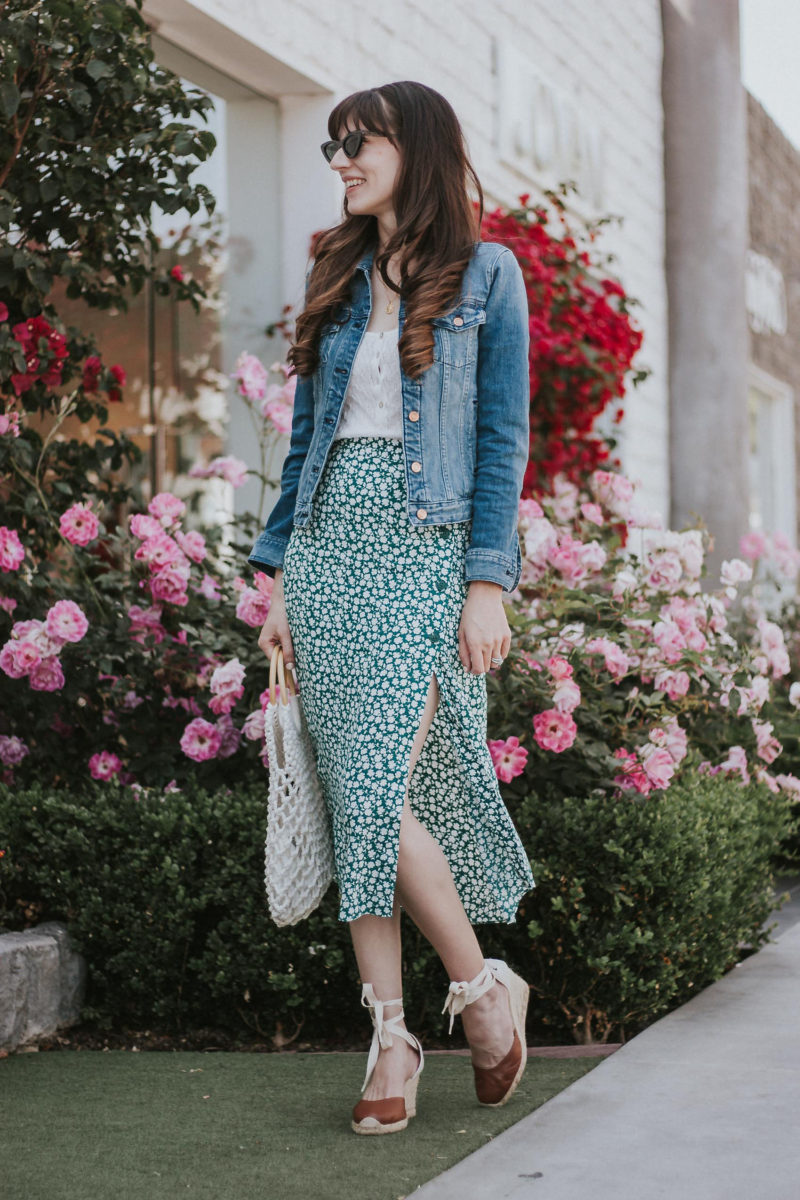Los Angeles Style Blogger, Jeans and a Teacup, wearing button front midi skirt and denim jacket
