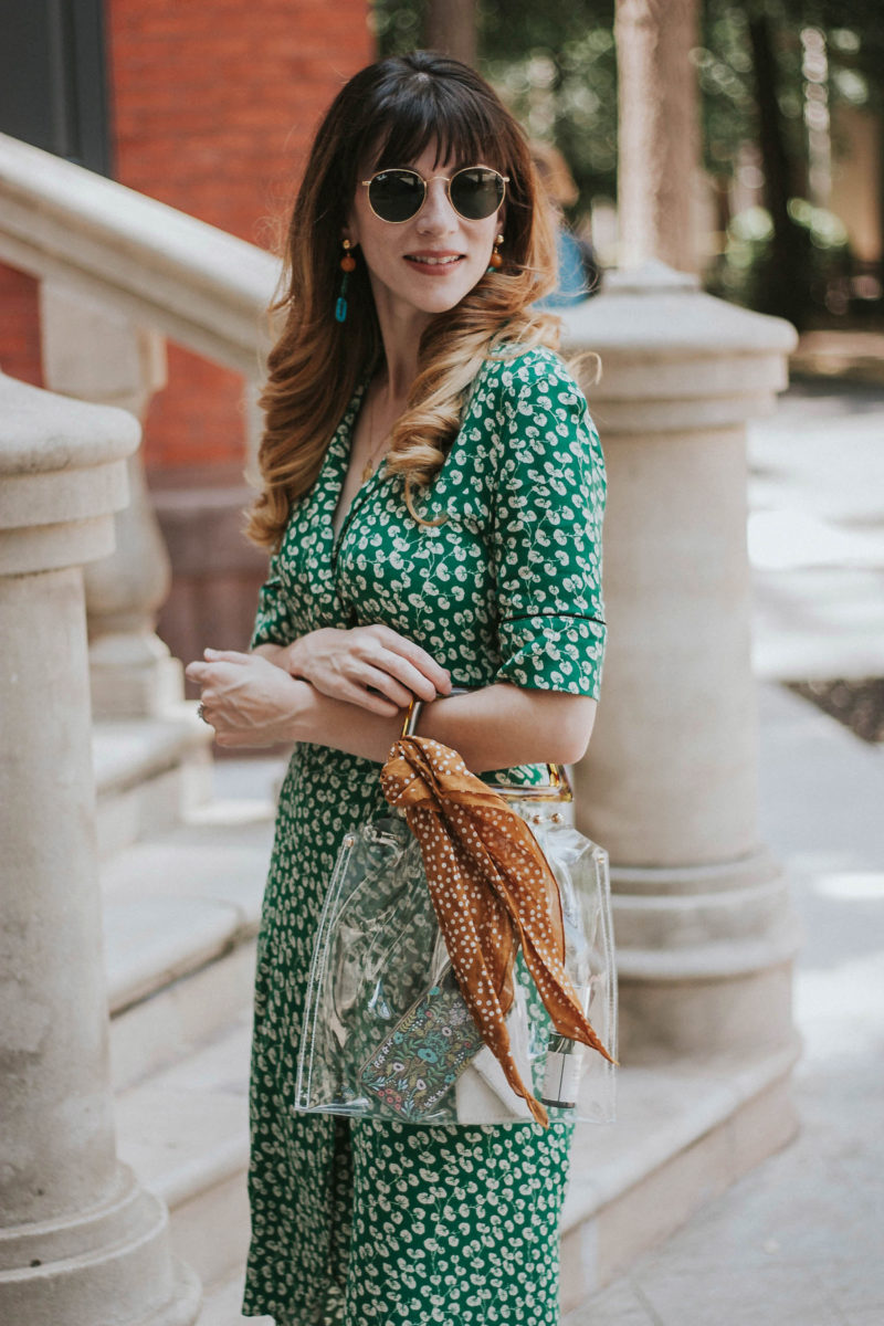 Transparent bag trend with wrap dress