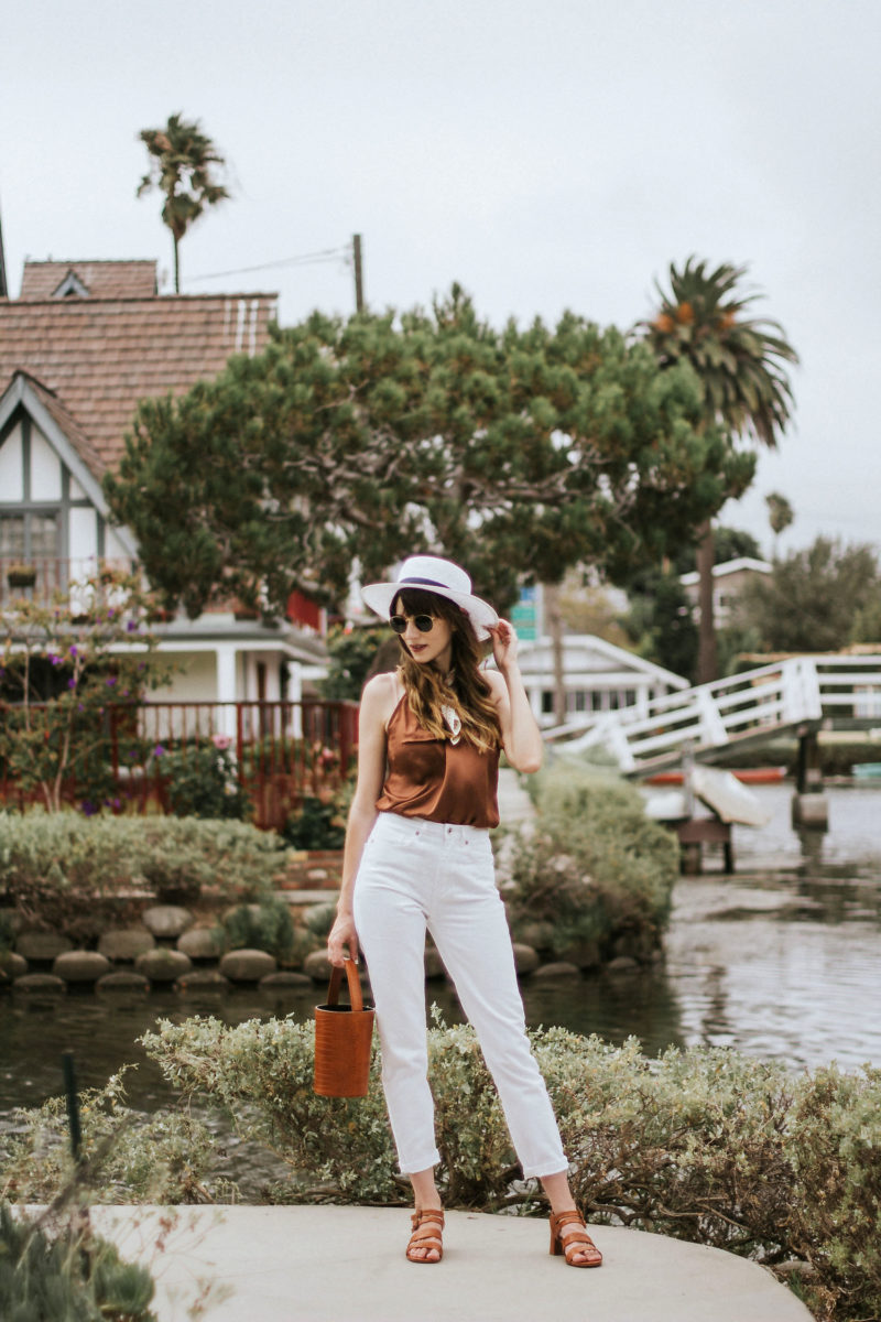 Fashion Blogger at the Venice Canals wearing Frank and Oak Denim, Rouje Cami